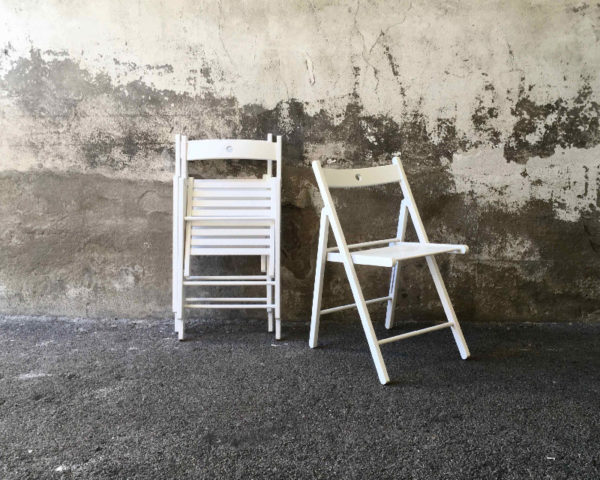 Chaises pliantes blanches