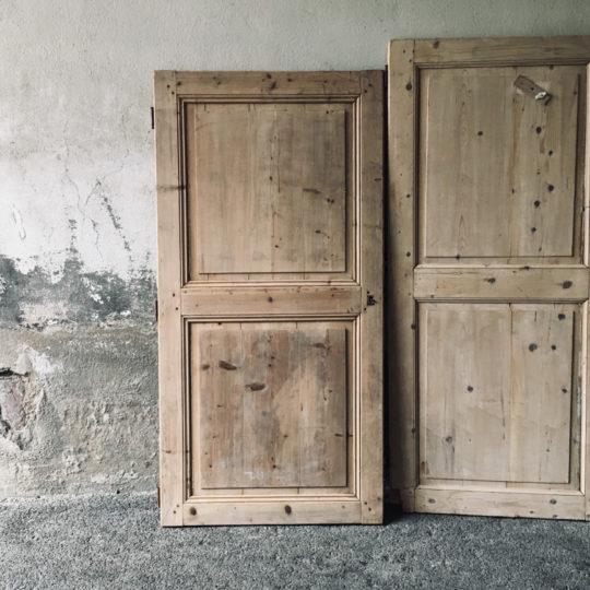 Portes en bois brut