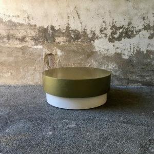 Table ronde dorée