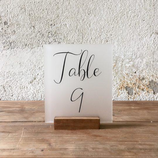 Numéro de table plexi givré noir